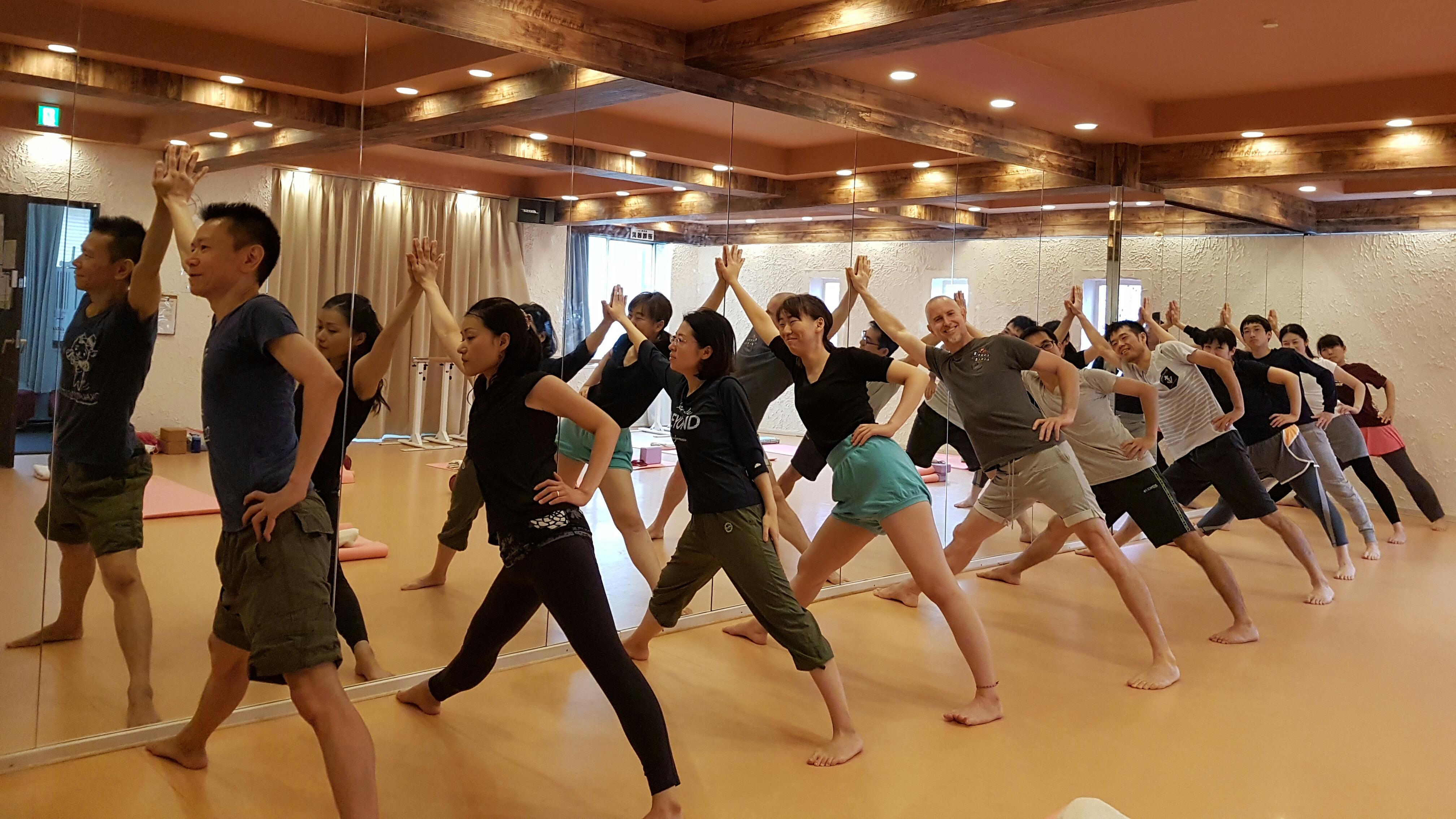 Yoga Asobi ヨーガアソビ横浜&野田